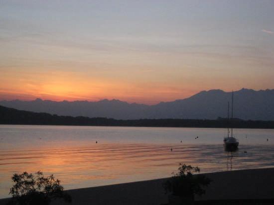 Lago di Viverone al tramonto - Biella (4780 clic)