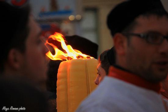 una candela accesa... - Catania (1358 clic)