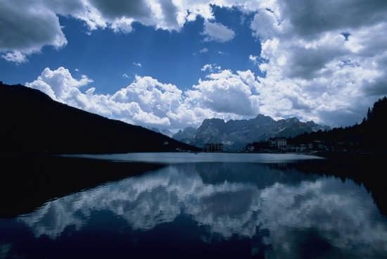 lago dolomiti - Tirolo (2757 clic)