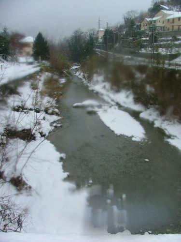 neve sul Letimbro - Savona (2572 clic)