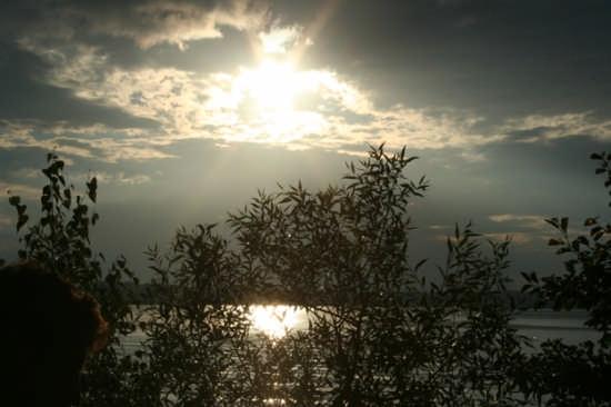 cala la notte sul lago - Savona (2429 clic)
