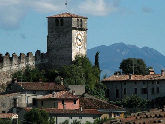 castello di monzambano (4640 clic)
