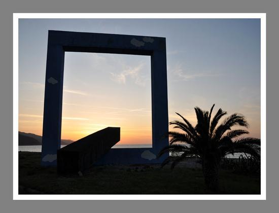 La finestra sul mare della Fiumara D'arte - Santo stefano di camastra (6643 clic)