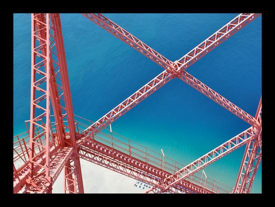 Geometrie 3 - TORRE FARO - inserita il 18-Dec-10