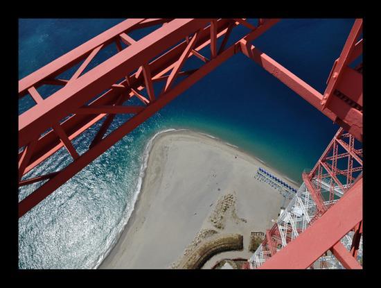 Geometrie 4 - Torre faro (6177 clic)