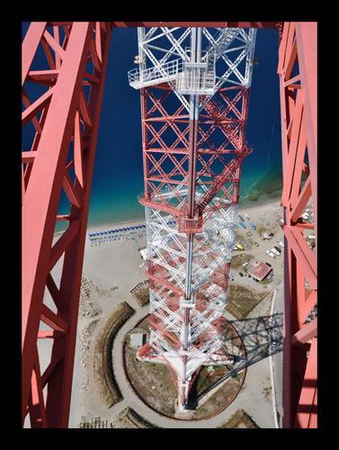 Vertigini - Torre faro (3215 clic)