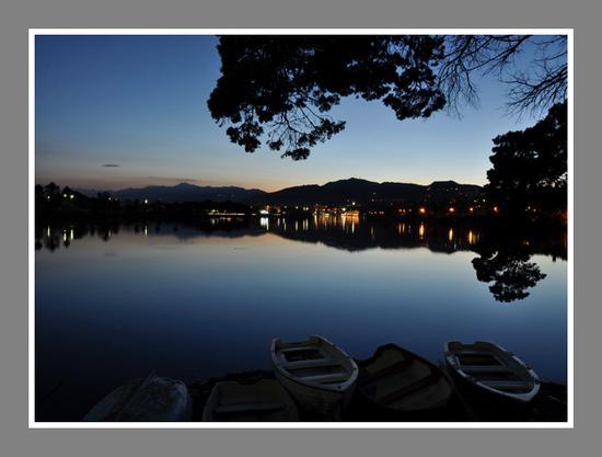 Tramonto sul lago - Ganzirri (4071 clic)