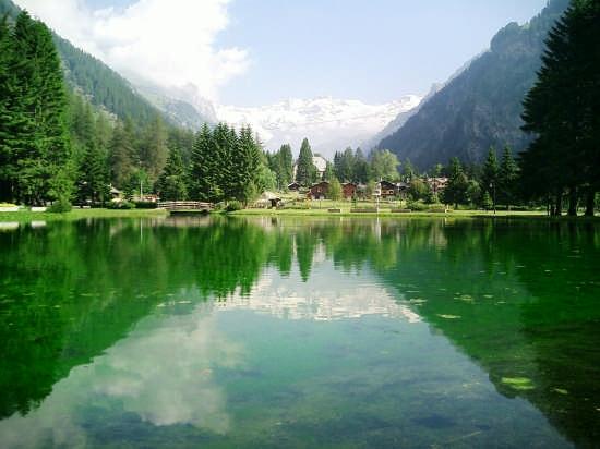 gressoneyla trinite' il lago (9848 clic)