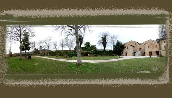 Giardino del Palazzo Del Monte Mombaroccio (1073 clic)