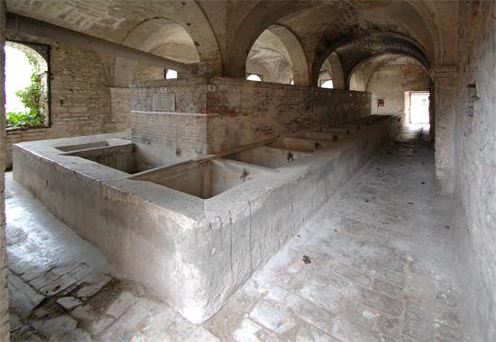 Lavatoio coperto-Sant'Agata  - Fossombrone (3794 clic)