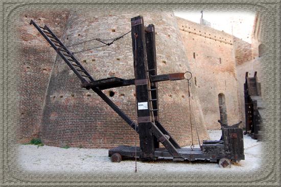 Scala di Aproccio Mondavio (378 clic)
