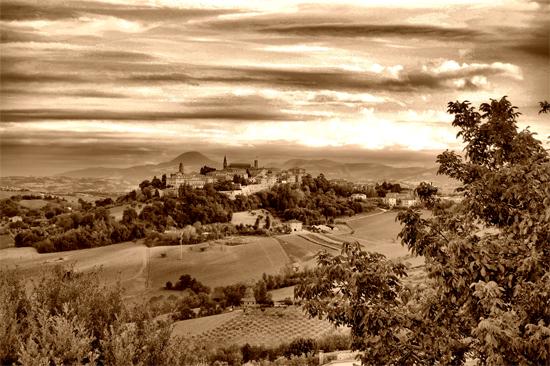 Panorama Mondavio (1020 clic)