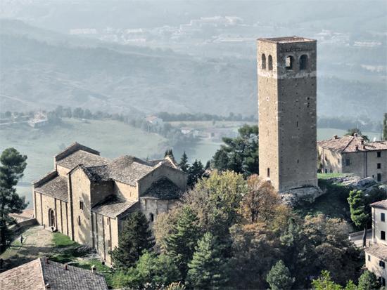 San Leo Duomo e torre Civica (1347 clic)