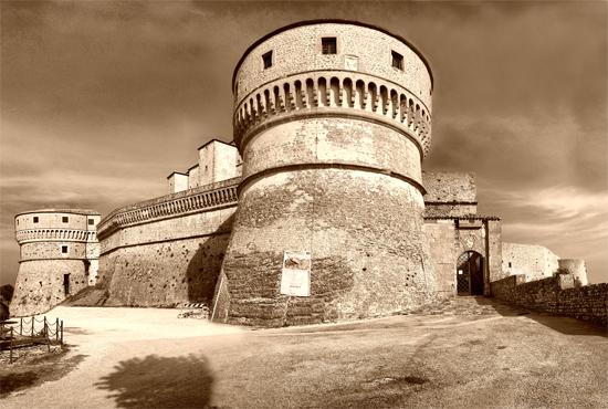 Fortezza San Leo  (1180 clic)