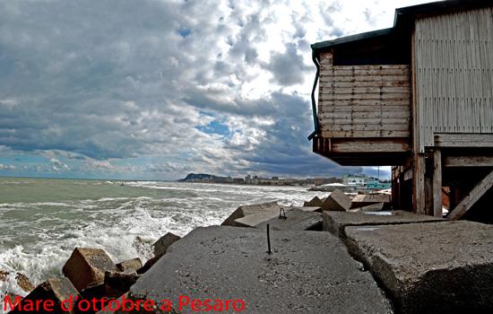 Mare d'ottobre a Pesaro (2940 clic)