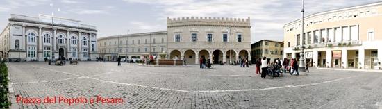 Piazza del Popolo a Pesaro (3116 clic)