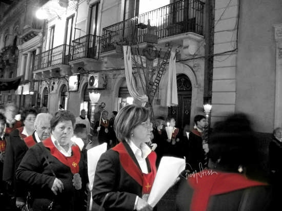 processione dei Misteri - BIANCAVILLA - inserita il 13-Feb-09