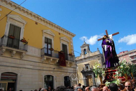 processione dell'Addolorata - Biancavilla (3665 clic)