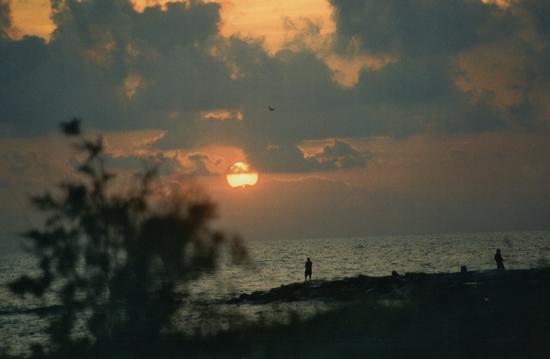 ....e quando tramonta il sol... - Marina di massa (1526 clic)