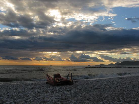 ..il mare calmo della sera..... - Marina di massa (1385 clic)