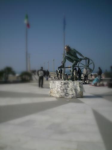 il pontile del forte... - FORTE DEI MARMI - inserita il 07-Nov-11