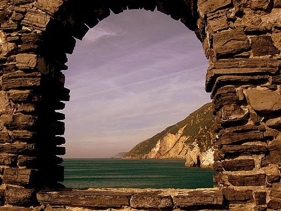 finestra sul mare... - Portovenere (9075 clic)