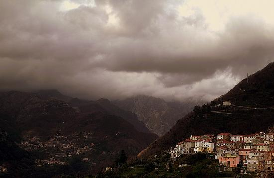 altagnana ....sulle apuane massesi.. - Alpi apuane (2641 clic)