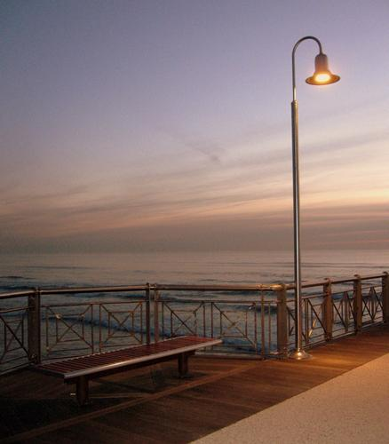 il pontile al tramonto... - Marina di pietrasanta (1090 clic)
