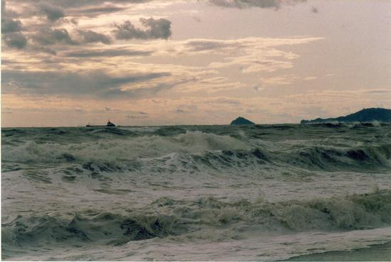 mareggiata di luglio..... - Marina di massa (2795 clic)