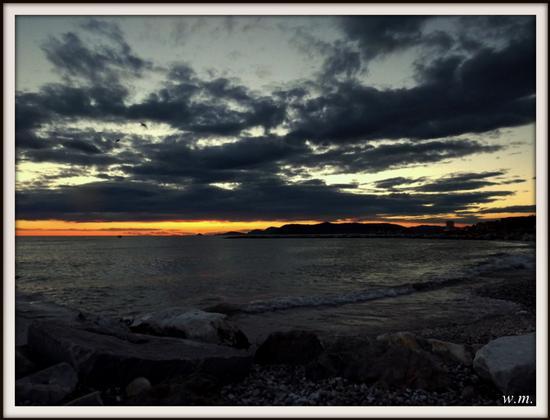 tramonti settembrini.... - MARINA DI MASSA - inserita il 18-Sep-12