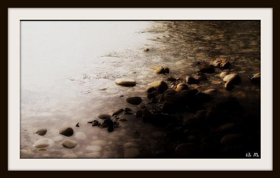 parco fluviale del frigido..i sassi del fiume... - Marina di massa (1247 clic)