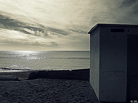 il mare calmo del mattino.. - Marinella di sarzana (1248 clic)