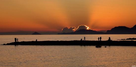 ...ultimi tramonti estivi... - Marina di massa (2015 clic)