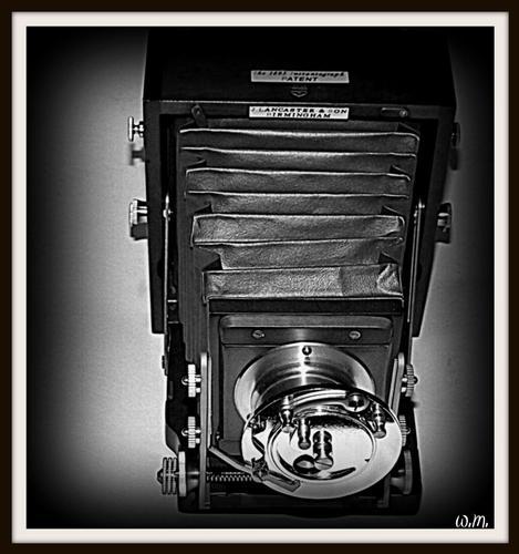 ...la macchina del nonno.. - Marina di massa (2696 clic)