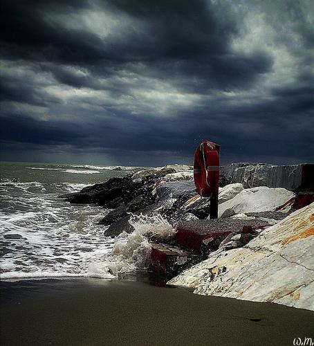 nuvoloni d'autunno.... - Marina di massa (2045 clic)