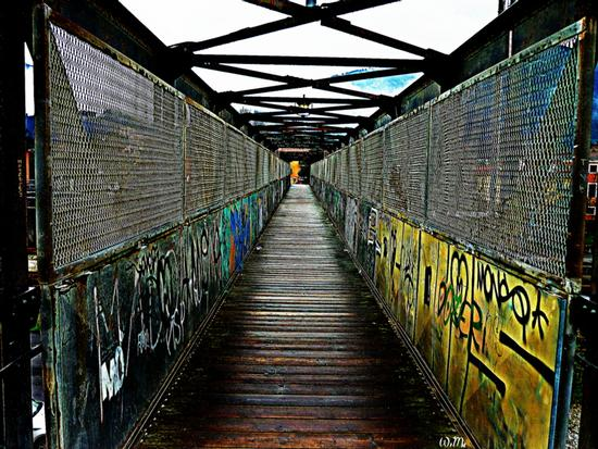 ..stazione ferroviaria di massa... - Marina di massa (592 clic)