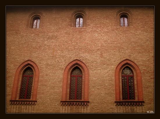 finestre del castello malaspina - Fosdinovo (1230 clic)