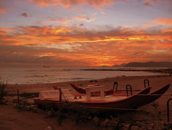 ...dopo il tramonto..... - Marina di massa (3333 clic)