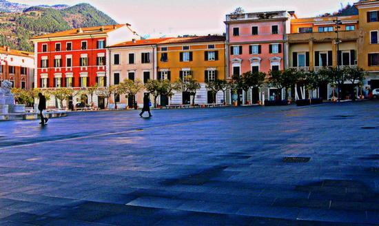 piazza aranci - Massa (1297 clic)