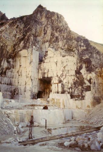 cava di marmo - Massa (2419 clic)