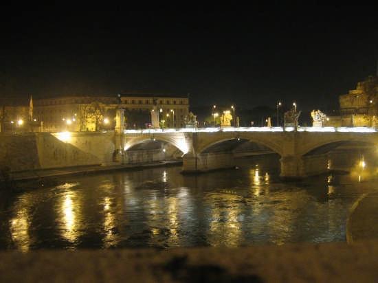 Tevere di notte - Roma (3533 clic)