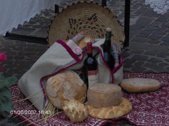 Gastronomia ploaghese (2615 clic)