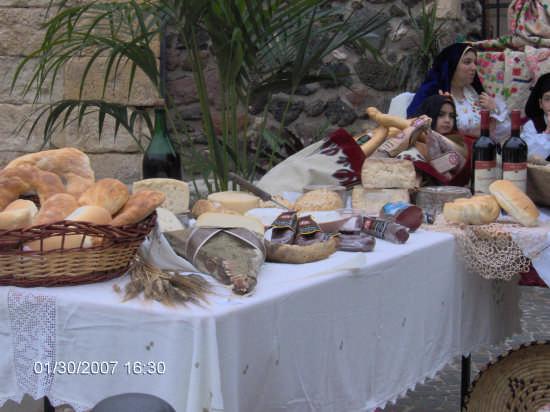 Gastronomia ploaghese (2974 clic)