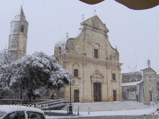 Piazza San Pietro  - Ploaghe (6005 clic)