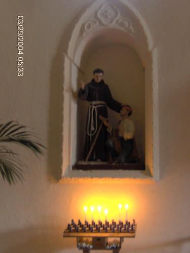 Sant' Antonio da Padova interno particolare - Ploaghe (2493 clic)
