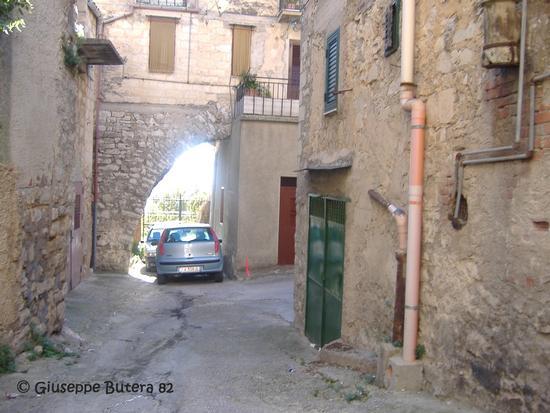 bisacquino cortile giardinello (1385 clic)