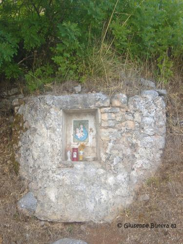 bisacquino cappella madonna del balzo lungo la via del santuario (1253 clic)
