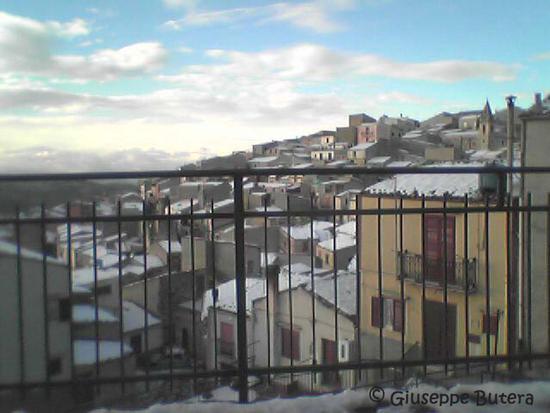 bisacquino veduta con neve (2043 clic)