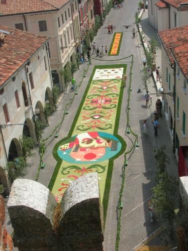 infiorata del Corpus Domini vista dalla torre - Noale (4697 clic)
