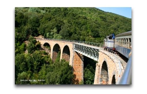 Treno per Sadali (4278 clic)